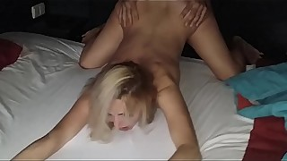 THEY CUM INSIDE MY WIFE !!