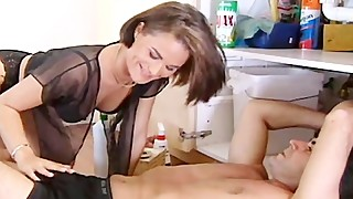 Wife is fuck on a table by her plumber and husband
