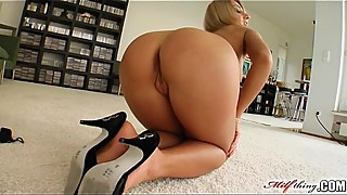 Milf Thing MILF sucks and fucks like a real pornstar