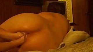 Kinky wife gets her loose pussy double fisted